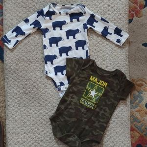 Lot onesies for boys 6 to 9 months - w Nike!